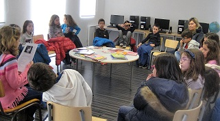 """Troca de saberes reinventados"" na Biblioteca da Escola de Maceira"