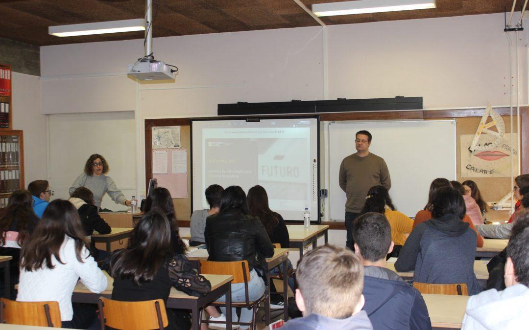 """""""InForma-te! – Literacia da Informação"""" no Agrupamento de Escolas Henrique Sommer – Maceira"""